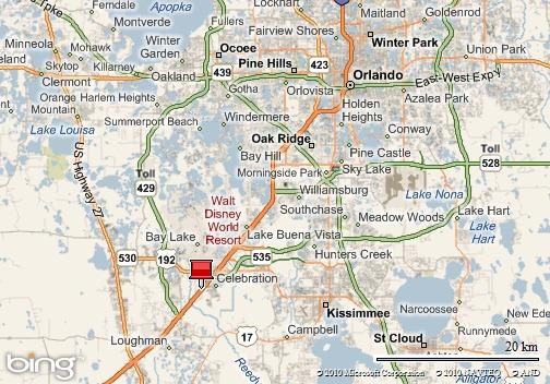 Celebration, Florida, EE.UU. (a 21 millas o 34 kilómetros al sudoeste de Orlando; a 67 millas o 108 kilómetros al nordeste de Tampa).