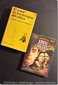 Otra de mis obras favoritas de Gabriel García Márquez: 'El amor en los tiempos del cólera' (1985). Al lado, la versión cinematográfica de 2007 (dir. Mike Newell) en DVD.